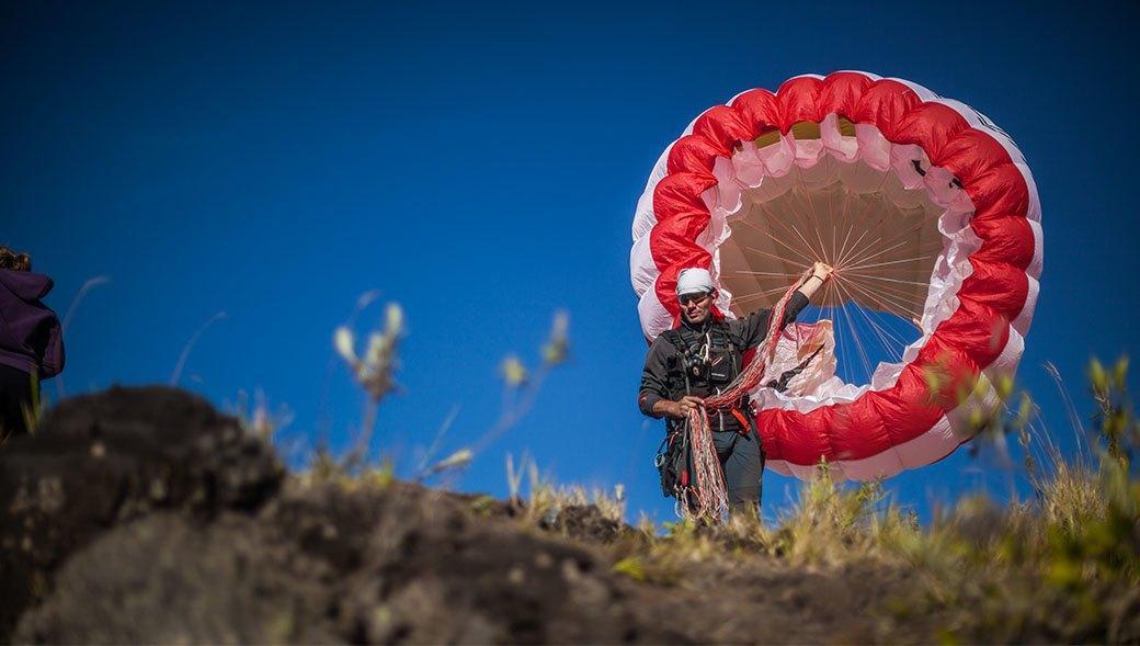 Тамбора, великий и ужасный: Как мы спустились на парапланах в кратер действующего вулкана. Изображение № 15.