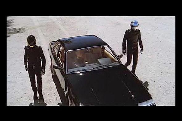 Изображение 1. На аукцион выставлен автомобиль группы Daft Punk.. Изображение № 1.