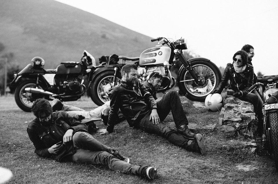 Фоторепортаж с мотоциклетного фестиваля Wheels & Waves. Изображение № 42.