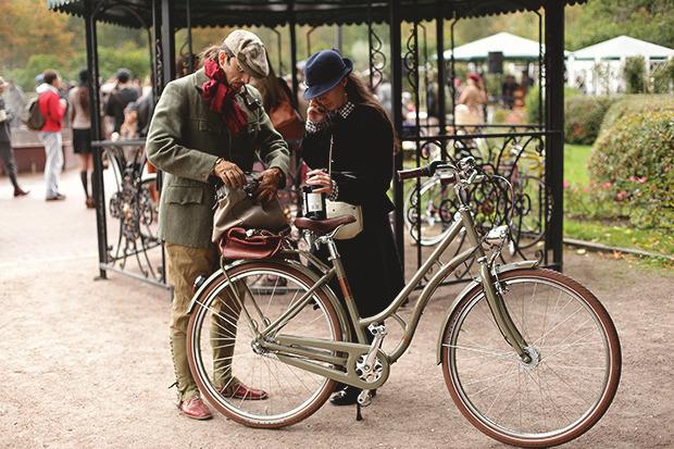 Детали: Репортаж с велозаезда Tweed Ride Moscow. Изображение № 85.