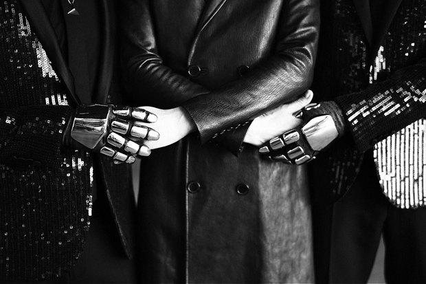 Группа Daft Punk и Милла Йовович снялись для журнала CR Fashion Book. Изображение № 3.