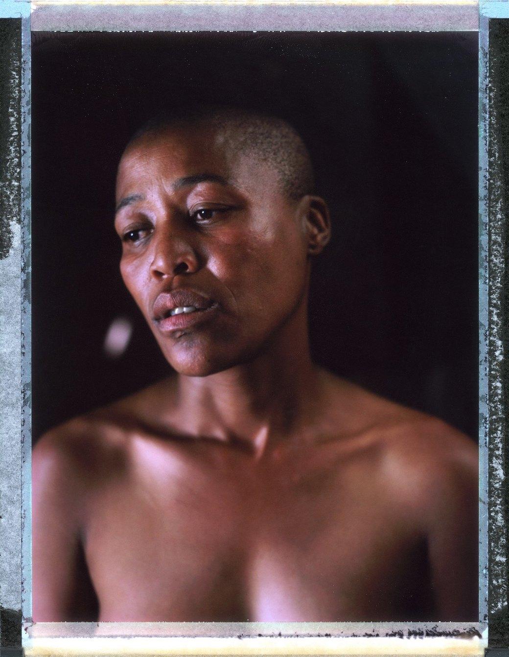 «Меня избивали всем участком с 11 вечера и до 6 утра»: Как преследуют ЛГБТ в странах третьего мира. Изображение № 8.
