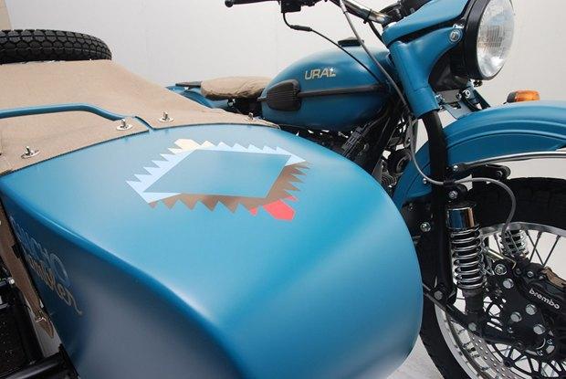 Российская марка «Урал» и бренд Pendleton собрали совместную модель мотоцикла. Изображение № 7.