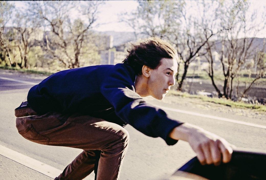 «Когда земля кажется лёгкой»: Грузинские скейтеры в фотографиях Давида Месхи. Изображение № 7.