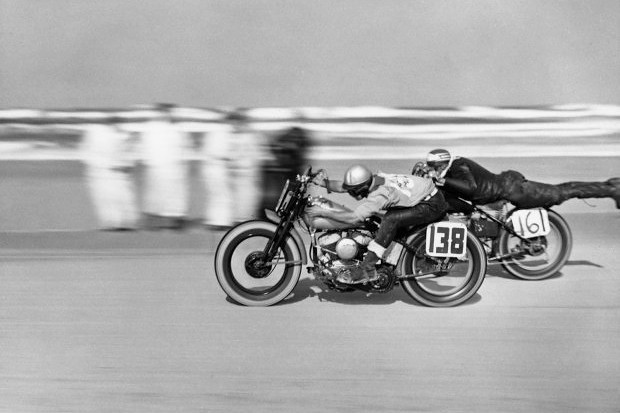 Рыцари придорожных кафе: История и стиль британских мотоциклистов. Изображение № 3.