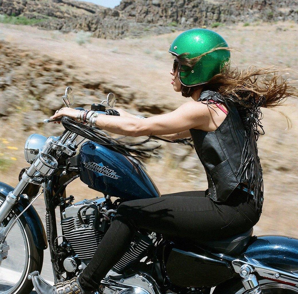 «Мне не нужен мужчина»: Интервью с Ланакилой Макнотон, мотоциклисткой и фотографом. Изображение № 3.