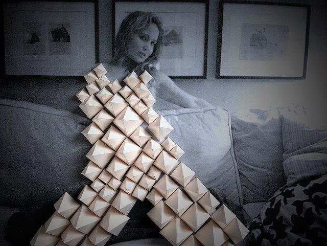 The Unfappening: Как превратить интимные фото знаменитостей в художественный проект. Изображение № 5.