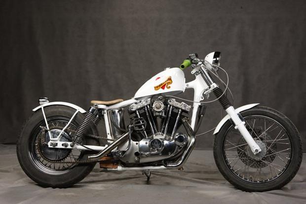 Мотоцикл Village Dream мастерской New Old Shit, участвовавший в выставке «Мотопарк». Изображение № 16.