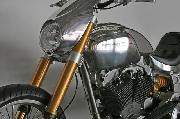 Киану Ривз основал компанию по производству кастомных мотоциклов на базе Harley-Davidson. Изображение № 8.