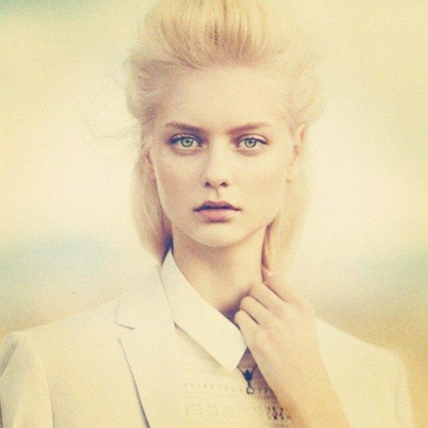 Что публикуют в своих Instagram-блогах российские модели. Изображение № 17.