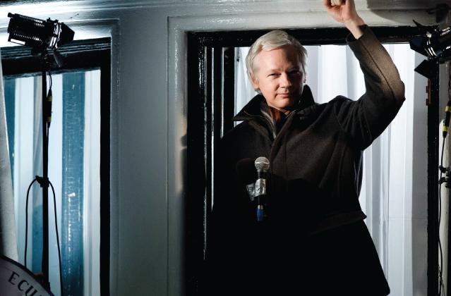 Wikileaks станет брендом одежды. Изображение № 1.