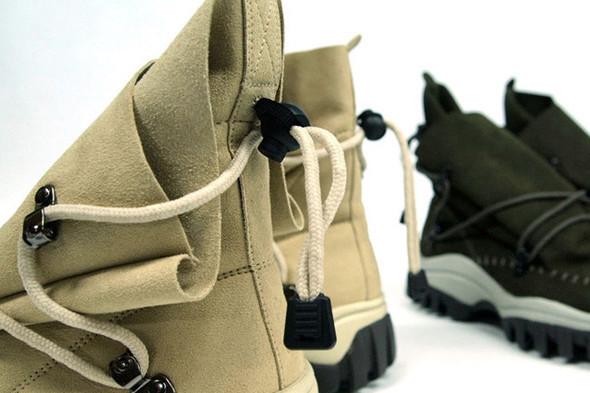 10 самых спорных моделей кроссовок 2011 года. Изображение № 46.
