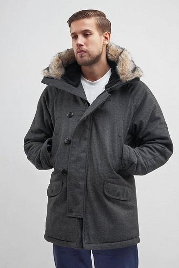 Петербургская марка Devo опубликовала лукбук зимней коллекции одежды. Изображение № 1.