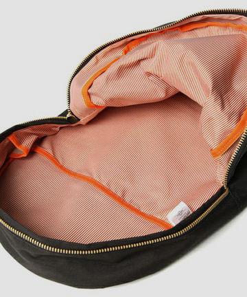 Марки Herschel и Beams выпустили совместную коллекцию рюкзаков. Изображение № 9.