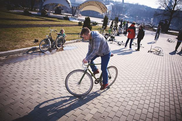 Детали: Фоторепортаж с открытия велосезона Fixed Gear Moscow. Изображение №33.