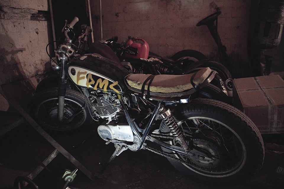 Болгарка, молоток и сварка: Интервью с  Глебом Чёрным, владельцем кастом-ателье мотоциклов . Изображение № 20.
