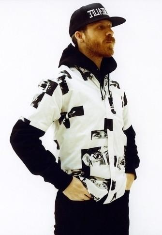 Уличная одежда Supreme: весенне-летний лукбук, кепки, рюкзаки и аксессуары. Изображение № 9.
