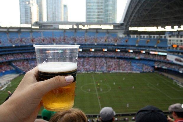 Госдума собирается разрешить рекламу пива. Изображение № 1.