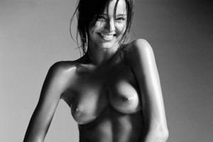 Модель Миранда Керр снялась в рекламе марки Victoria's Secret. Изображение № 18.