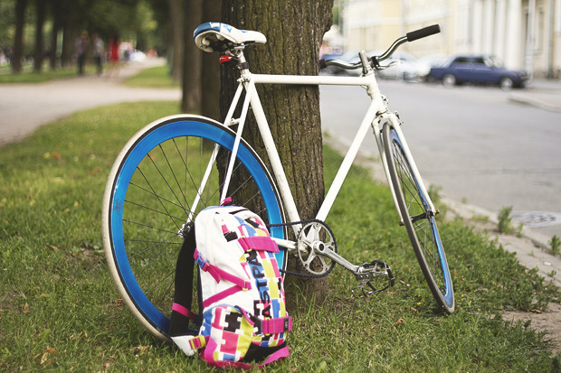 Детали: Репортаж с велозабега Last Is Least Race в Питере. Изображение № 1.