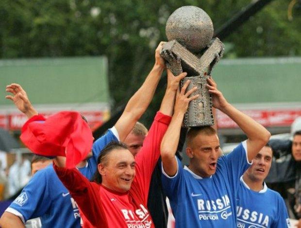 Бомжи России взяли бронзу на чемпионате мира по футболу. Изображение № 1.