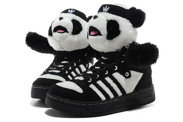 10 самых спорных моделей кроссовок 2011 года. Изображение № 6.