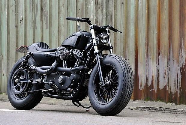 Сайт Bike EXIF выпустил календарь с кастомизированными мотоциклами. Изображение № 8.