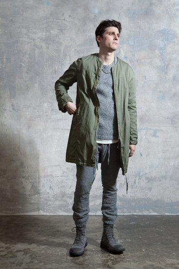 Японская марка Nonnative выпустила лукбук осенней коллекции одежды. Изображение № 13.