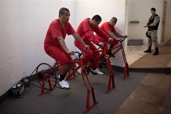 Бразильские заключенные смогут сократить срок благодаря физическим упражнениям. Изображение № 1.