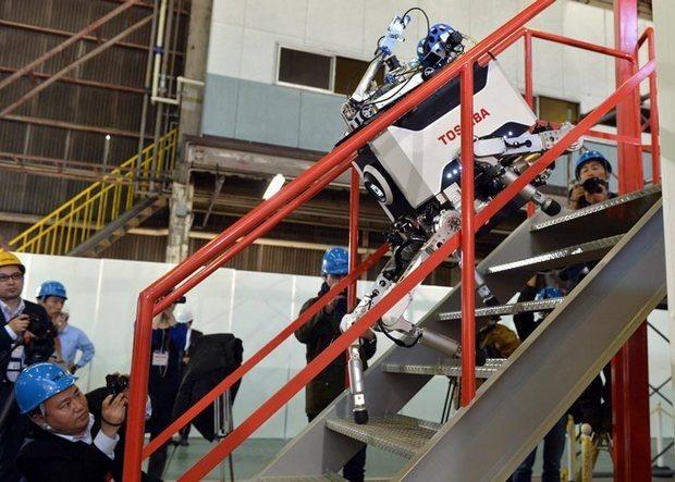 Японцы создали робота, выдерживающего радиацию. Изображение № 4.