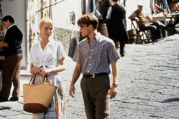 Мэтт Деймон (он играет Рипли) выбирает клетчатую рубашку, аккуратно заправляет ее в брюки и отправляется на прогулку с чужой девушкой. Изображение № 4.
