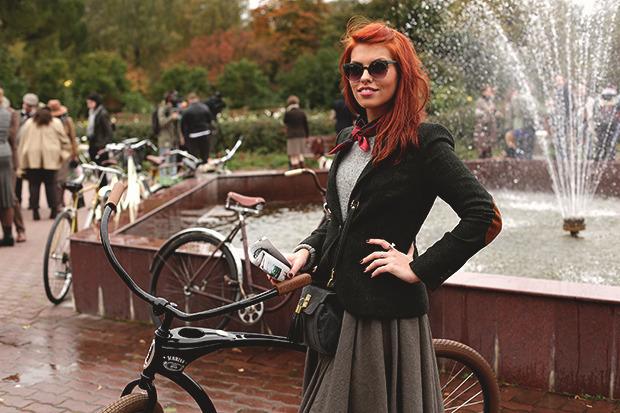 Детали: Репортаж с велозаезда Tweed Ride Moscow. Изображение №39.