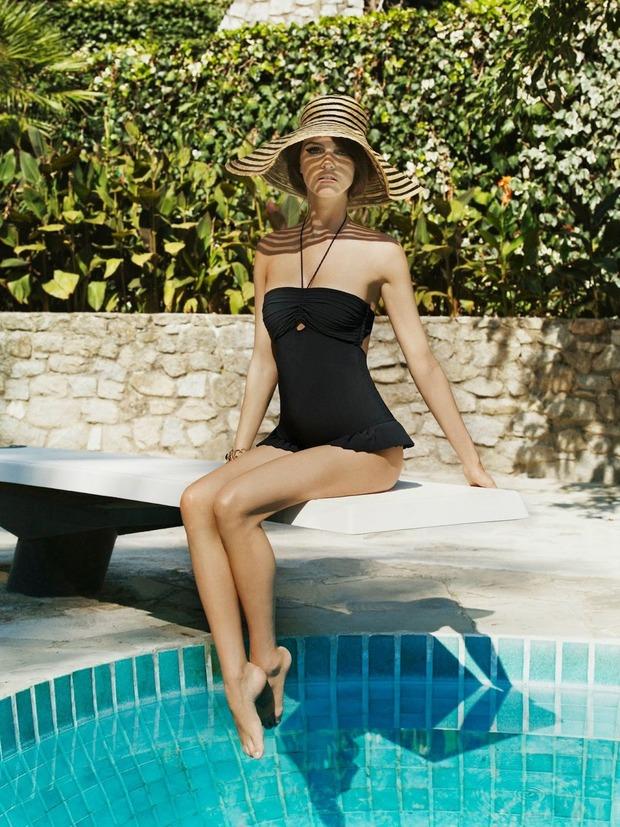 Модель Джейза Чиминаццо снялась в рекламе нижнего белья La Perla. Изображение № 11.