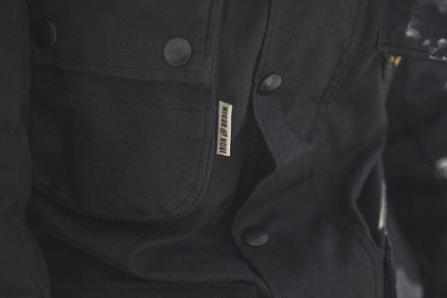 Марка Vanson представила куртку в коллаборации с Iron & Resin. Изображение № 4.