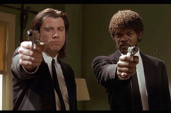 Джон Траволта и Сэмуэль Л. Джэксон в фильме «Криминальное чтиво». Изображение №15.