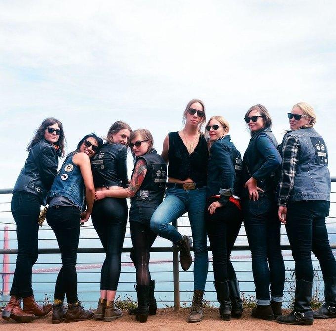 La Motocyclette: Американская фотовыставка доказывает право девушек называться байкерами. Изображение № 4.
