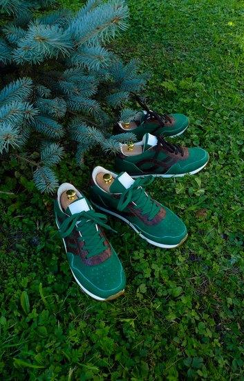 Марка AFOUR и магазин Zefear представили совместную коллекцию кроссовок. Изображение № 17.