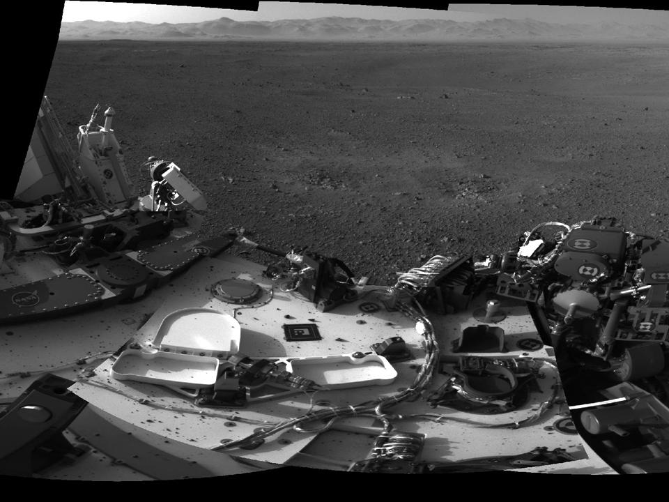 10 фотографий с марсохода Curiosity и поверхности Красной планеты. Изображение №8.