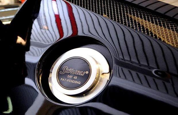 Два автомобиля Михаэля Шумахера выставлены на аукцион. Изображение № 5.