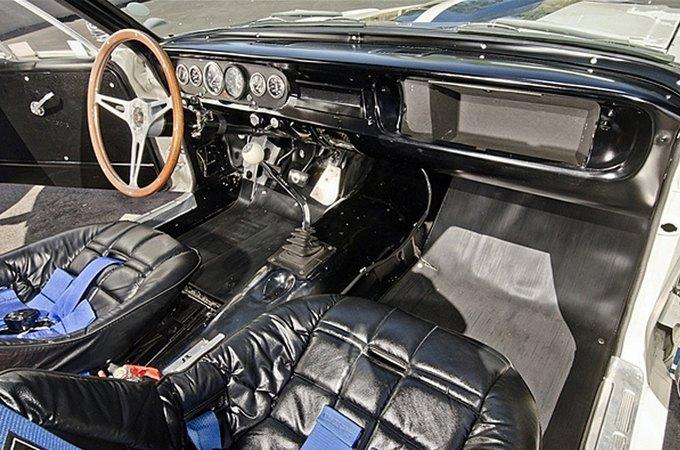 Маслкар Shelby GT350 автогонщика Стирлинга Мосса выставлен на аукцион. Изображение № 6.