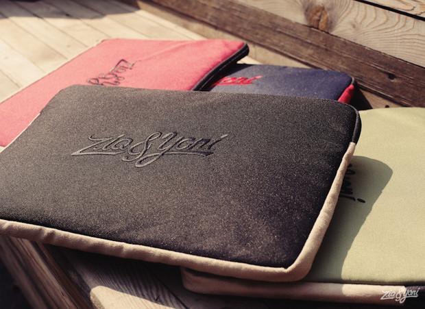 Российско-американская марка Ziq & Yoni выпустила лукбук весенней коллекции одежды. Изображение № 18.