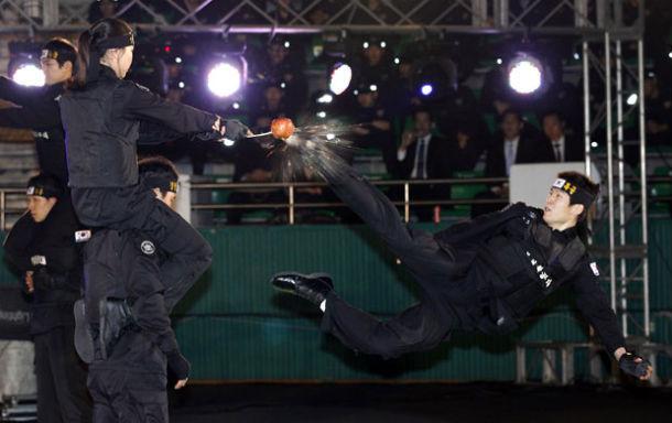Южнокорейские солдаты борются с терроризмом приемами из арсенала Человека-паука. Изображение № 4.
