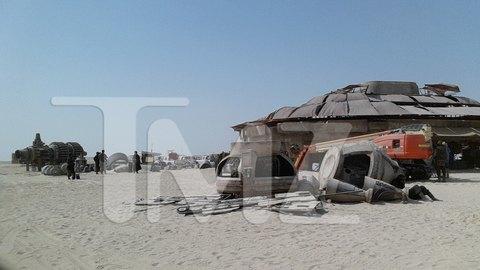 В сеть попали первые снимки со съемочной площадки новых «Звездных войн». Изображение № 5.