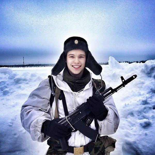 Российским военным запретили делать селфи. Изображение № 1.