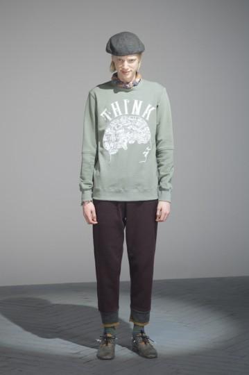 Японская марка Undercover выпустила лукбук осенней коллекции одежды. Изображение № 29.