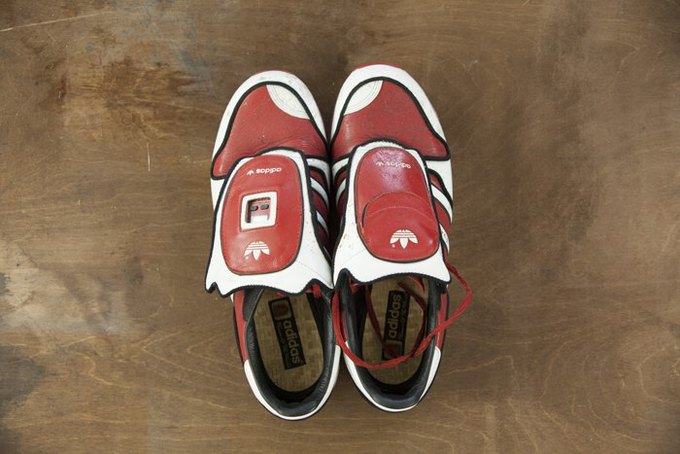 Совет: Как чистить кроссовки. Изображение № 9.