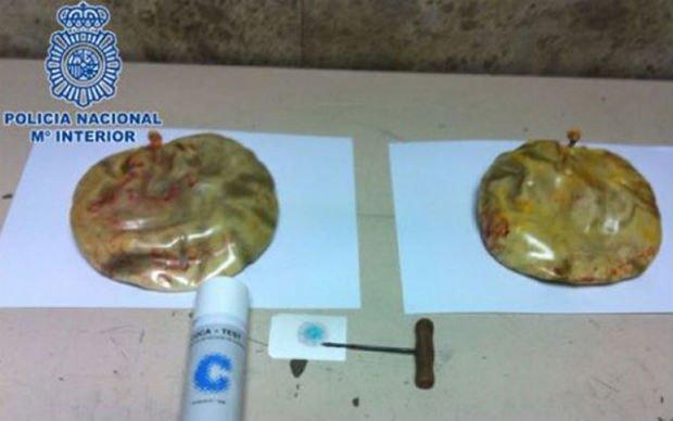 Полиция арестовала женщину с кокаином в грудных имплантатах . Изображение № 1.