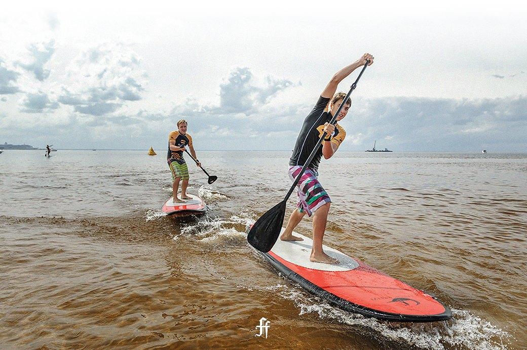 Подробный гид по сапбордингу: Как кататься на сёрфе в любом ближайшем водоеме. Изображение № 7.