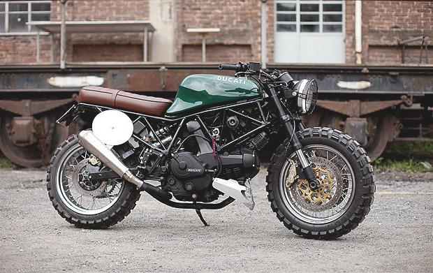 История и стилевые особенности эндуро и скрэмблеров — мотоциклов для езды по бездорожью. Изображение №13.