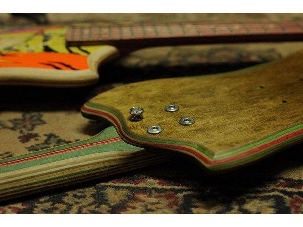 Аргентинская мастерская создает электрогитары из старых скейтбордов. Изображение № 14.